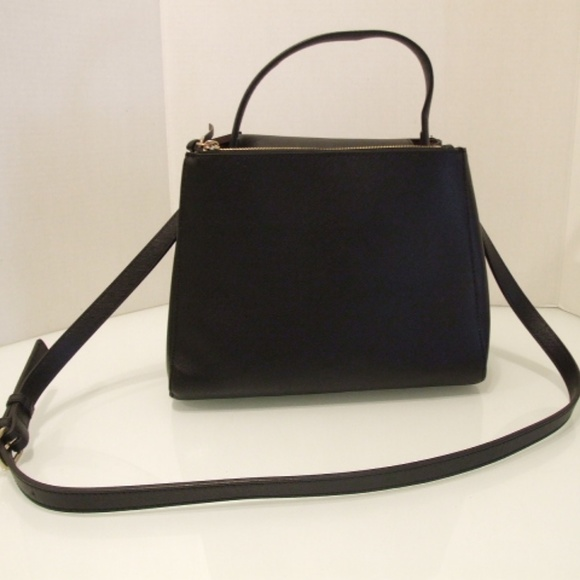 70baed1f4a Zara Basic Collection women's black purse. M_5ad99bf2f9e501c3bb0fe9f3